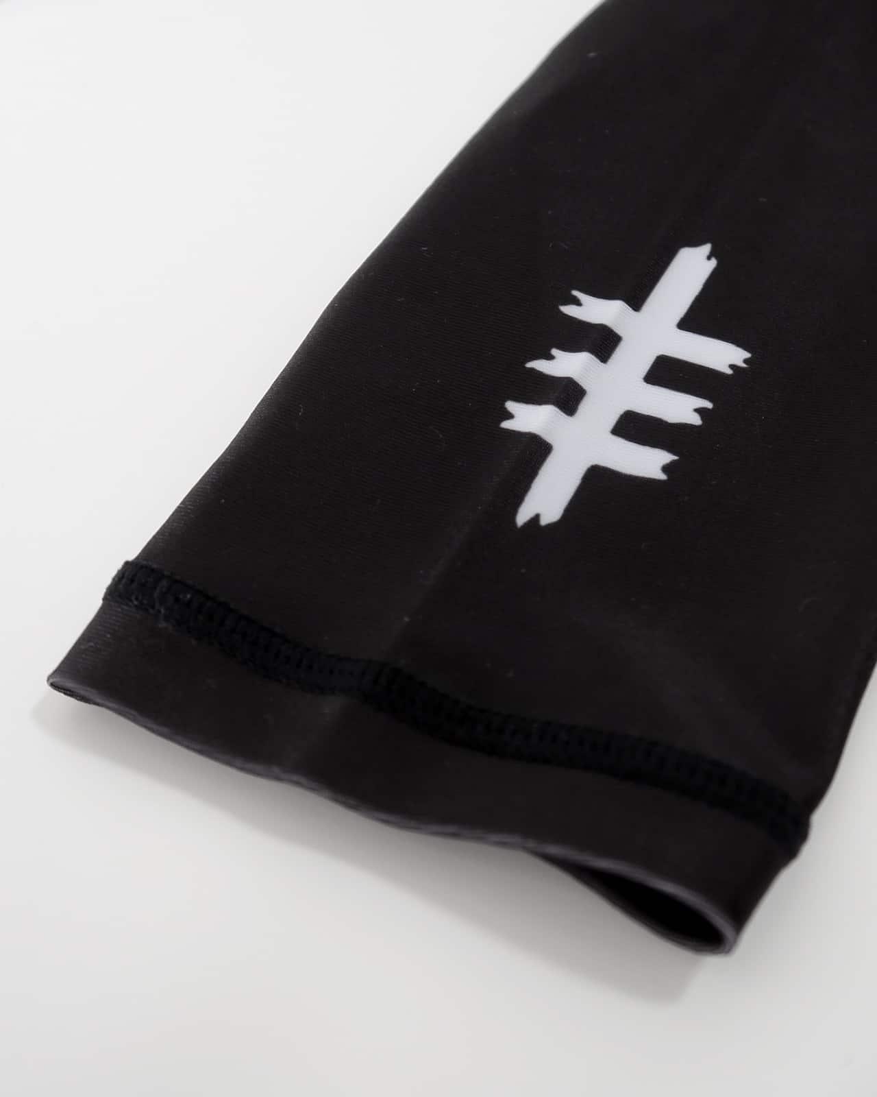 Long sleeve wrist logo